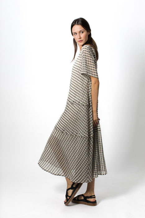 spring-summer-2021-woman-fashion-elena-hellen-02