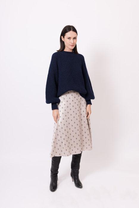 autumn-winter-2021-2022-woman-fashion-elena-hellen-13