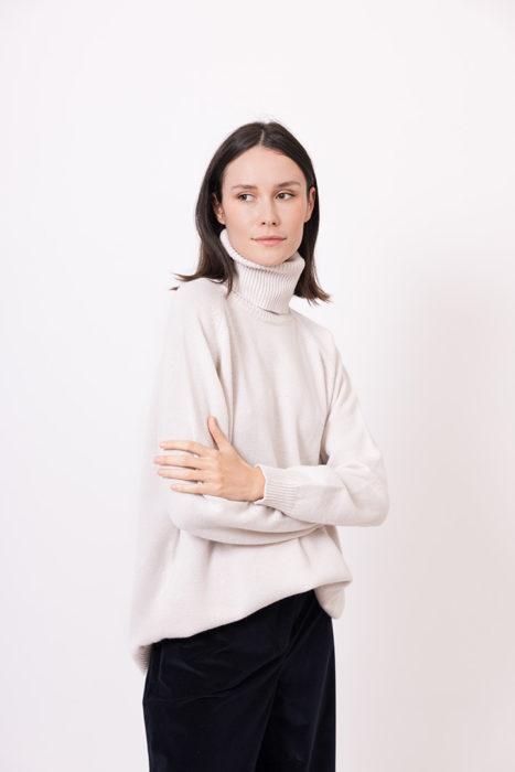 autumn-winter-2021-2022-woman-fashion-elena-hellen-19