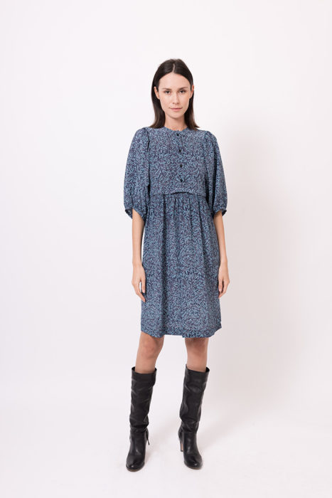 autumn-winter-2021-2022-woman-fashion-elena-hellen-24